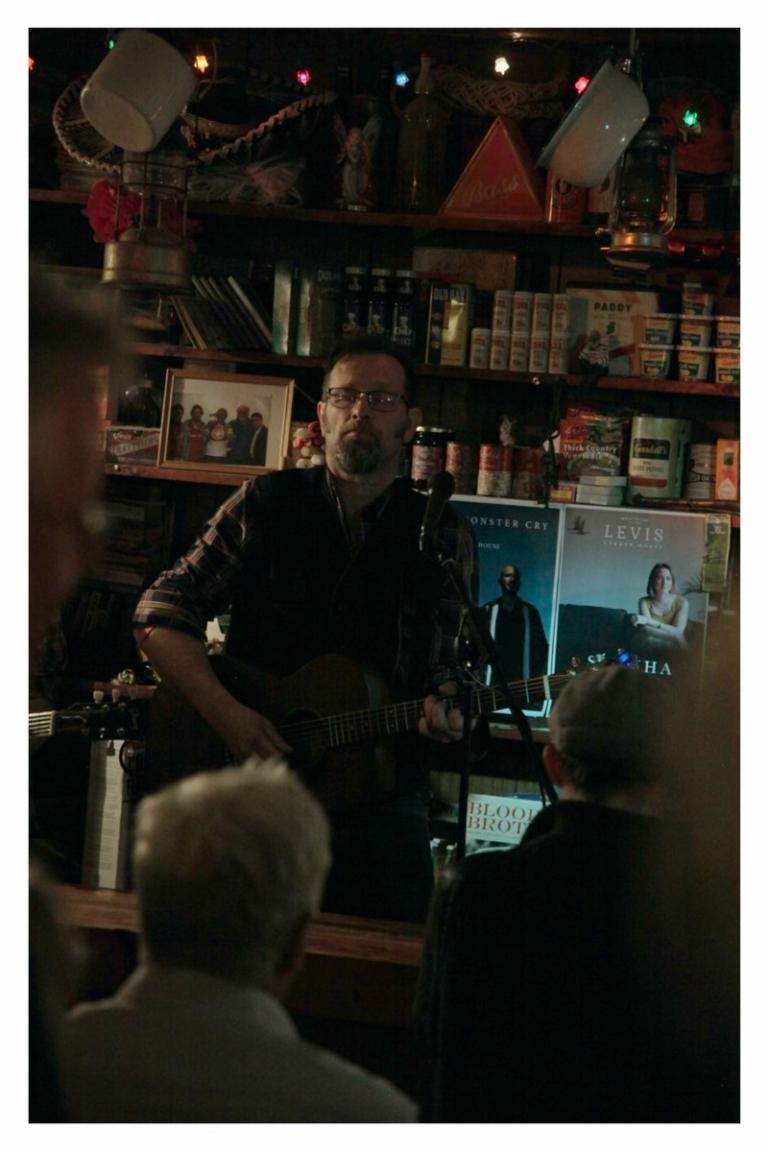 Philip Marshall at Levis Corner House, Ballydehob 08 Feb 2020