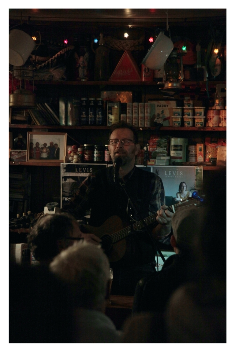 Philip Marshall at Levis Corner House, Ballydehob 08 Feb 2020