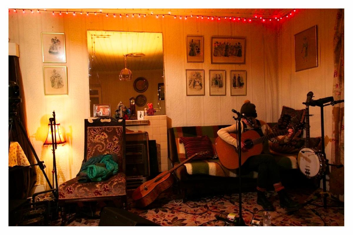 Secret Song - Levis Corner House